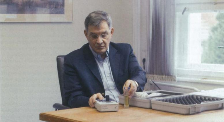 Prof. Dr. F.J. Schweigert using bioanalyt icheck
